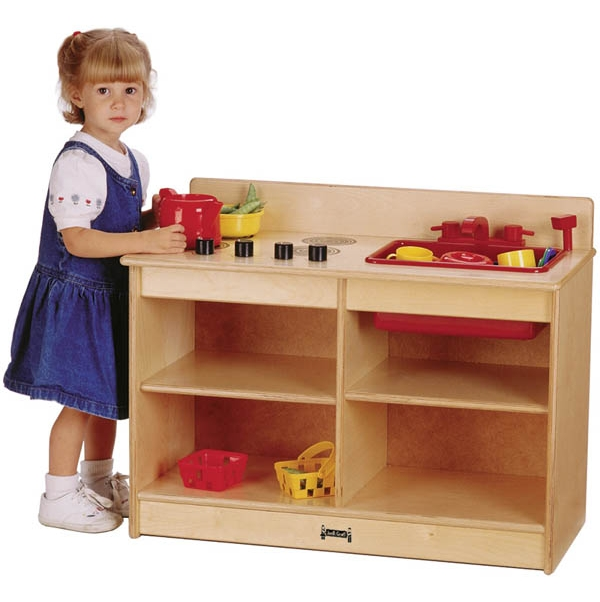 Jonti craft thriftykydz 2 in 1 toddler wooden play kitchen for Toddler kitchen set